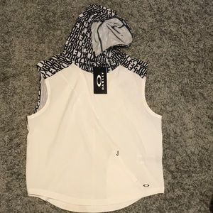 Oakley Beach High Tide Sleeveless Hoodie